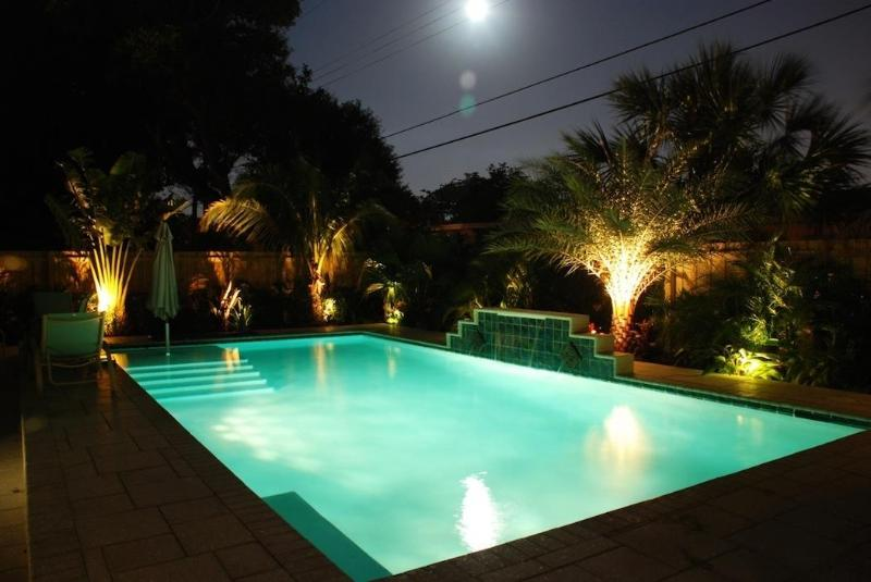Pool lit at night - The 500 - Fort Lauderdale - rentals