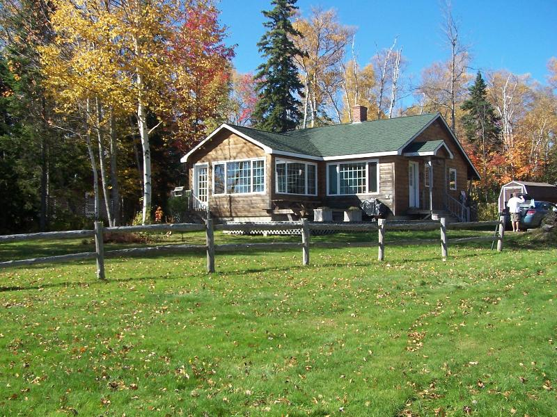 Paul Johnson Cottage at the Rangeley Manor - Lakefront,lovely, modern home with relaxing views - Rangeley - rentals