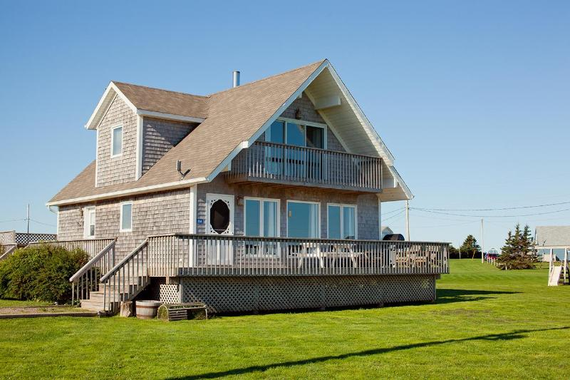 Seaview Chalet - seaview chalet, 4 star, 3 bedroom cottage - Prince Edward Island - rentals