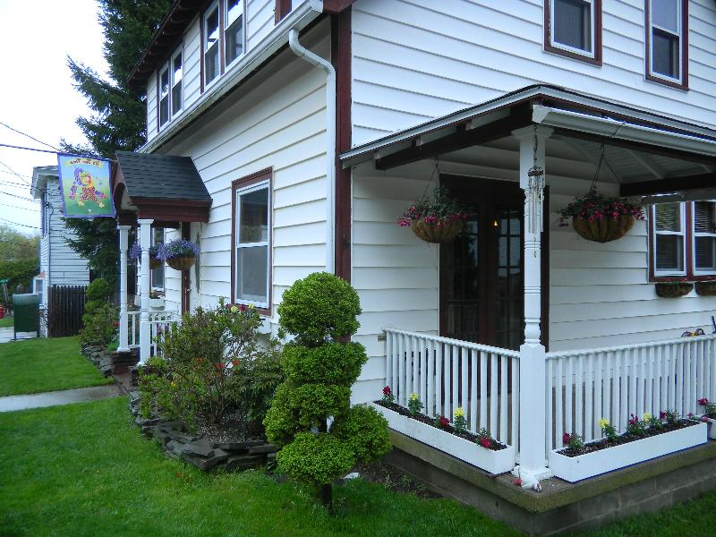 Eden House - 4 bedroom house in beautiful downtown Bar Harbor - Bar Harbor - rentals