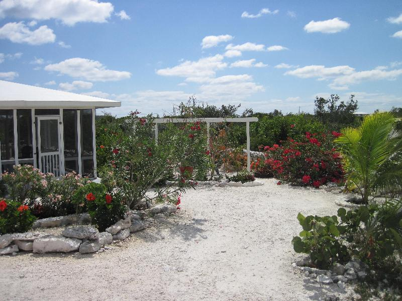 Cozy & Private 2 Bedroom House - Image 1 - Staniel Cay - rentals