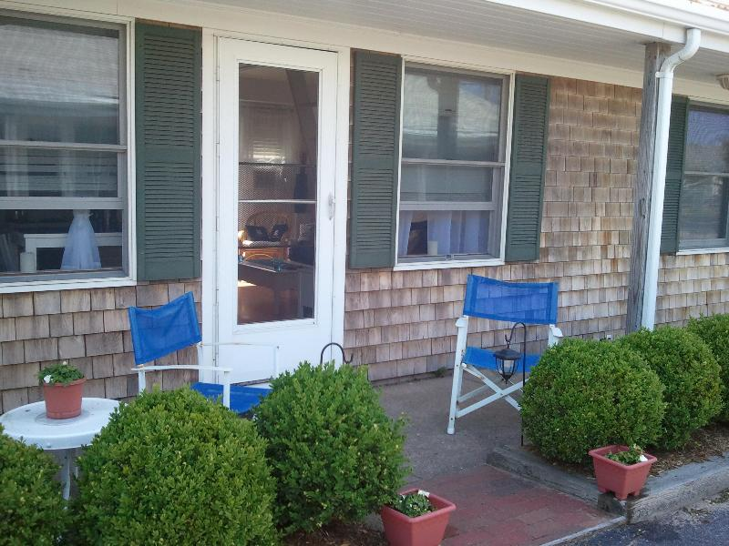 Front Entrance - Beauty on the Bay - Provincetown - rentals