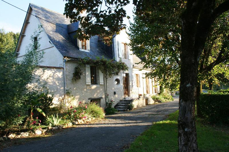La Vieille Ferme in Summer - Stylish home with pool near historic Montignac - Ajat - rentals