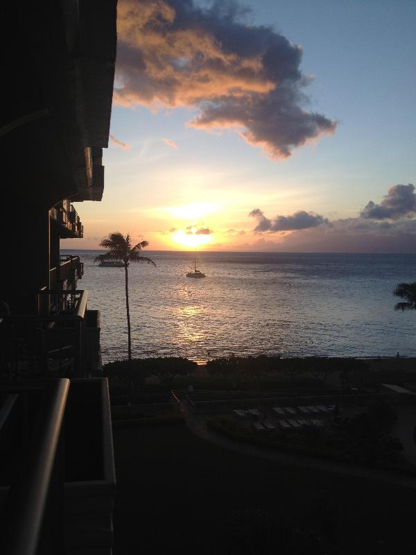 Whaler sunset - A gorgeous Whaler studio with amazing ocean view! - Lahaina - rentals