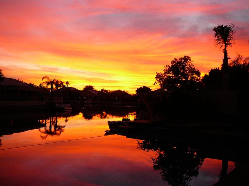 Sunset view from Backyard - AZ Lakefront Getaway - Glendale - rentals