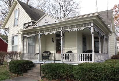 Home Features Covered Front Porch and Plenty of Outdoor Seating - Vacation Home - New Harmony - rentals