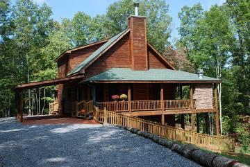 Deer Pine Lodge Cabin Rental - Affordable!! Views, Game Rooms, Amenities and more - Blue Ridge - rentals