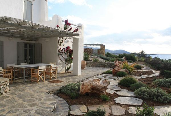 The front veranda - Modern, Luxurious 4 Bdrm Seaside Villa in Paros - Paros - rentals