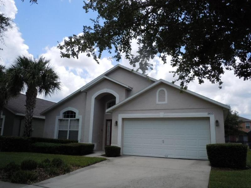 House Front - Emerald Island 4 Bed 3 Bath Pool/Spa Game Room - Orlando - rentals