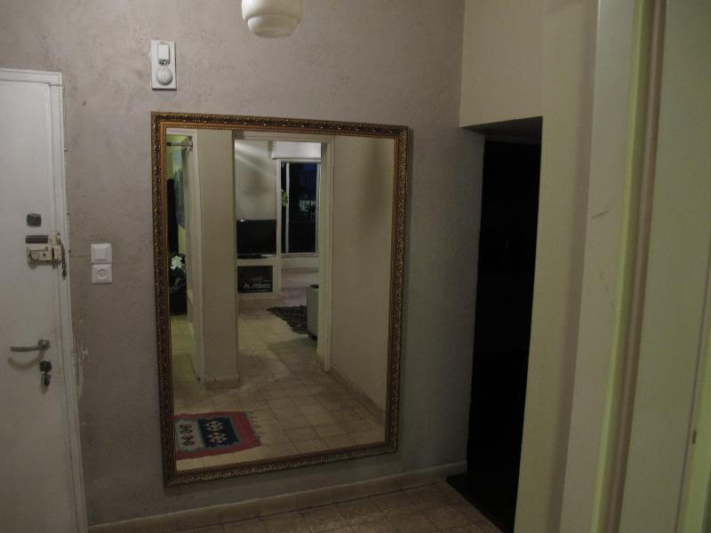 2.5 rooms apartment - best location in Tel Aviv - Image 1 - Tel Aviv - rentals
