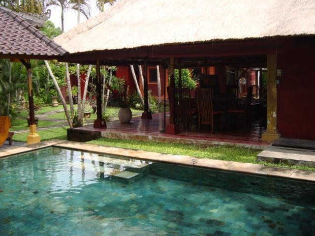 adorable Balinese house in Seminyak, 80m to beach - Image 1 - Seminyak - rentals