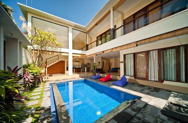 Stylish 3 bedroom villa in trendy Seminyak - Image 1 - Seminyak - rentals