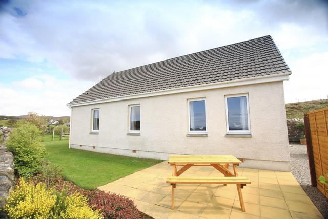 Cottage and patio - An Dunan Cottage, 4* seaviews, large garden. - Poolewe - rentals