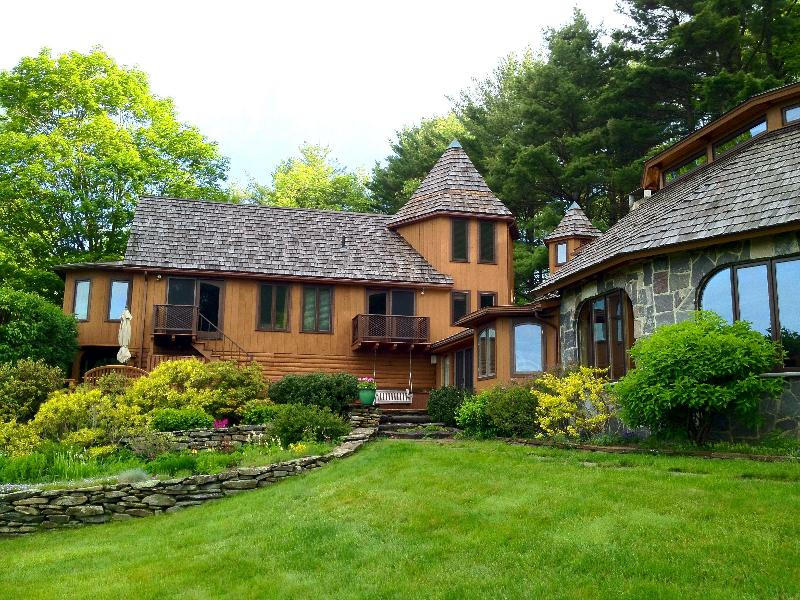 Simons House - 5 Bedroom Home with Sweeping Views of So. Vermont - Guilford - rentals