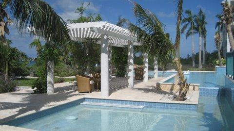 Yacht Club - one bedroom with fabulous view - Image 1 - Turtle Cove - rentals