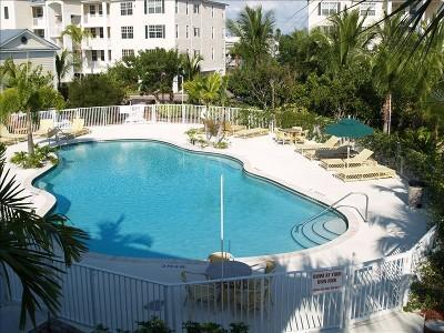 ay Harbor Condominium Swimming Pool and Hot Tub. - Ocean-View, Deluxe Condo with Dock, Pool, Tennis - Islamorada - rentals