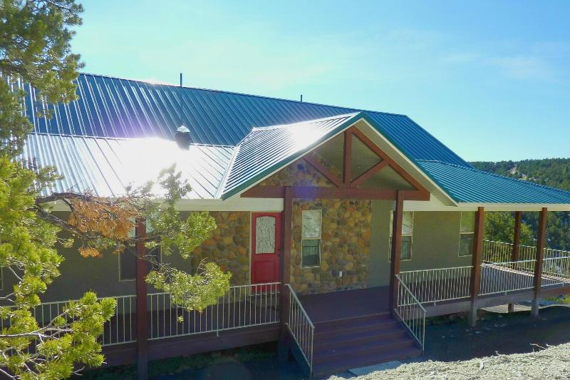 Our Vacation Home - Ridgetop Mountain Home on 9 Acres!/near Bryce/Zion - Bryce Canyon National Park - rentals