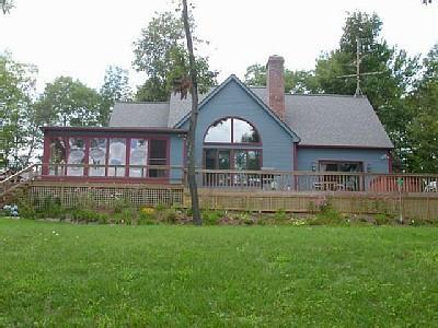 East side of the house - Luxury Vacation Home With Stunning View Central VT - Quechee - rentals