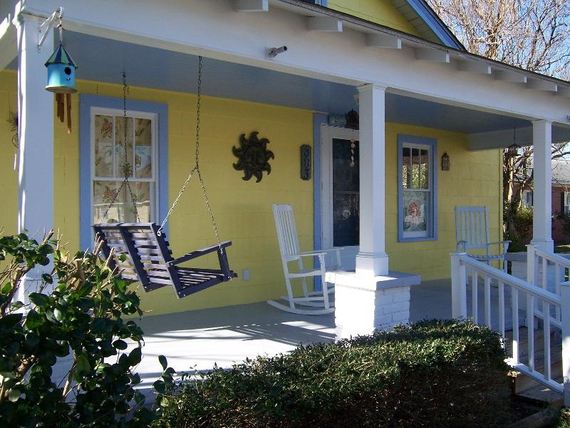 ~BAMBOO COTTAGE~ - Bamboo Cottage - New Bern - rentals