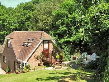 Self Catering at Crest Cottage - Image 1 - Fordingbridge - rentals