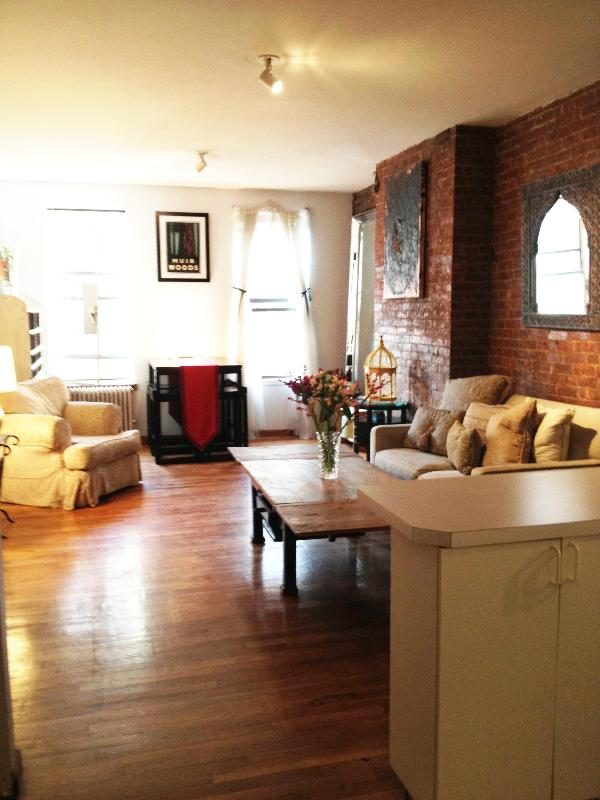 Warm and Welcoming - Heart of Manhattan!  - Village Treefort: A++ Reviews - Just Step Outside! - New York City - rentals