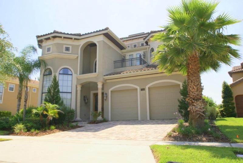 Magnificently styled 5 bed home - fantastic views - Image 1 - Kissimmee - rentals