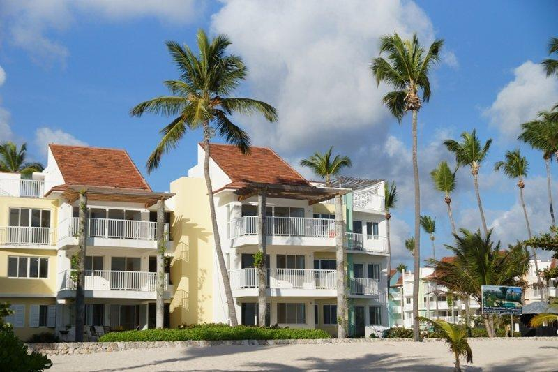 Beautiful 3 bedroom condo on the beach - Image 1 - Punta Cana - rentals