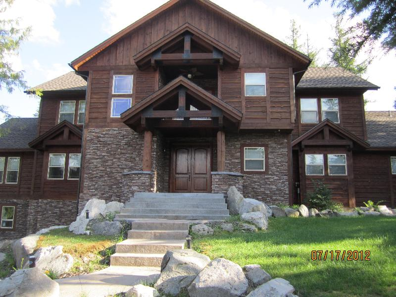 NEW Luxury Home on Priest Lake Golf Resort - Image 1 - Priest River - rentals