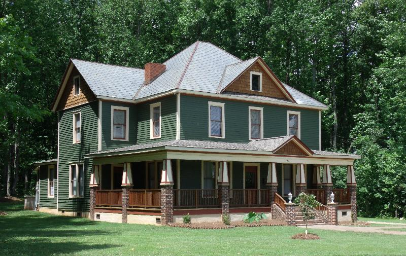 Front Left - The Historic Abernethy House - Sleeps 10-14 - Charlotte - rentals