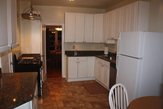 Updated Kitchen with modern appliances - Enjoy SF in style near Marina Green and Fort Mason - San Francisco - rentals
