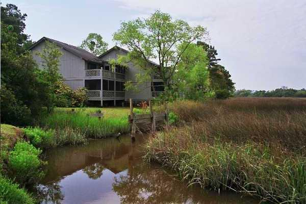 Marshfront on Dubar Creek - MARSHFRONT condo, pond, great view! FLETC per diem - Saint Simons Island - rentals