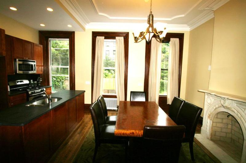 Simply Gorgeous Townhouse $290 ONLY! - Image 1 - Brooklyn - rentals