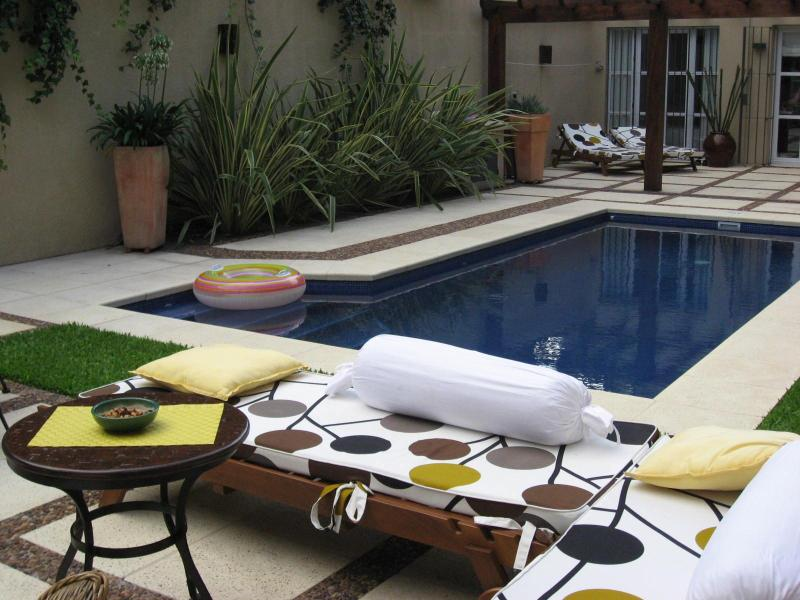 Courtyard and Heated Pool - Luxury Suites in Montevideo Guest House - Montevideo - rentals
