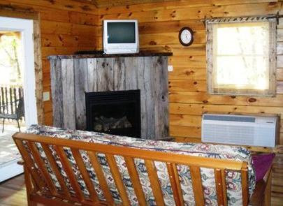 TreeHouse Cabins hot tub with great mountain view - Image 1 - Hot Springs - rentals