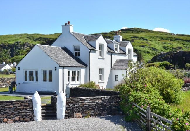 Cullipool House Front - Cullipool House - Isle of Luing - rentals