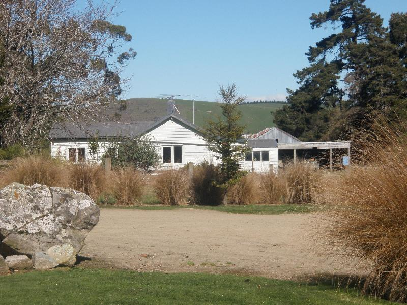 Beaumont Cottage - 3 bedroomed cottage on a high country sheep ranch - South Island - rentals