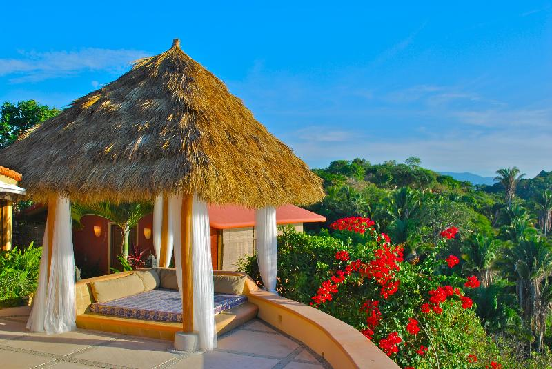 Bali Bed on the deck of the main house - Casa Carricitos, Romantic Asian Style Ocean Estate - Sayulita - rentals