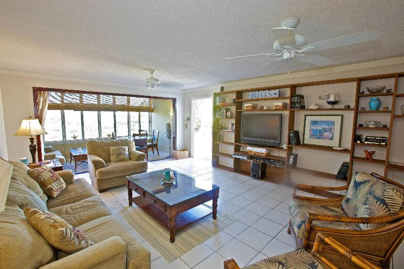 Lover's Paradise 100 steps from Sapphire Beach! - Image 1 - Saint Thomas - rentals