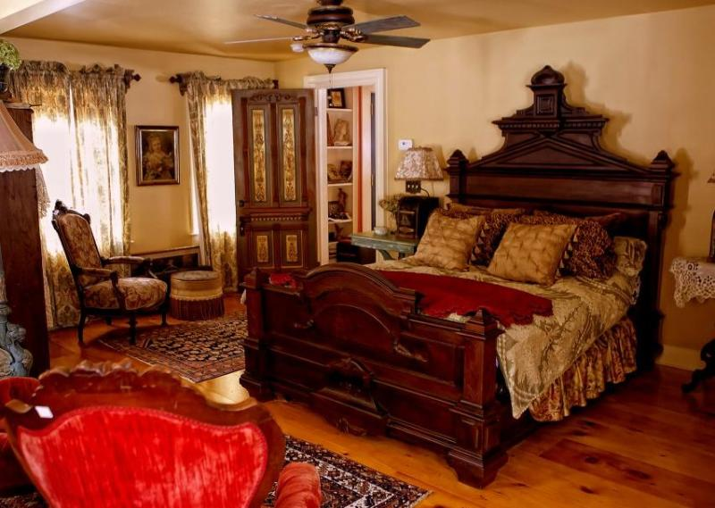 Blueberry Brooke Bed and Breakfast - Image 1 - Deansboro - rentals
