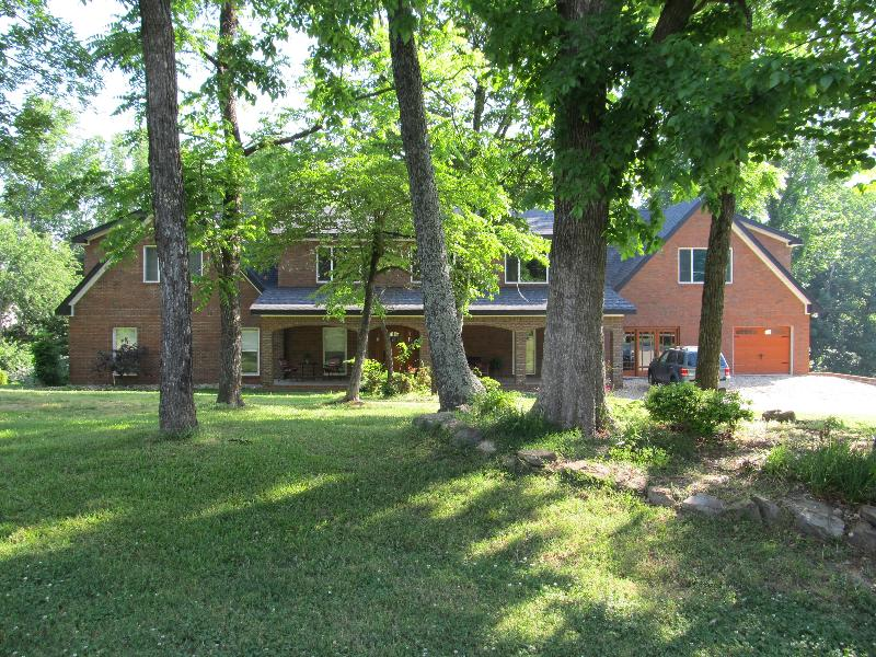 Open Heaven sits on 2 acres of wooded property - OPEN HEAVEN - 8300 sq.ft. HOME WITH POOL sleeps 33 - Florence - rentals