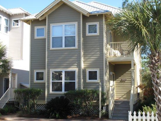 Old Florida Village -Beach house -3 bedroom 3 bath Close to Gulf and Communtity pool - Image 1 - Santa Rosa Beach - rentals