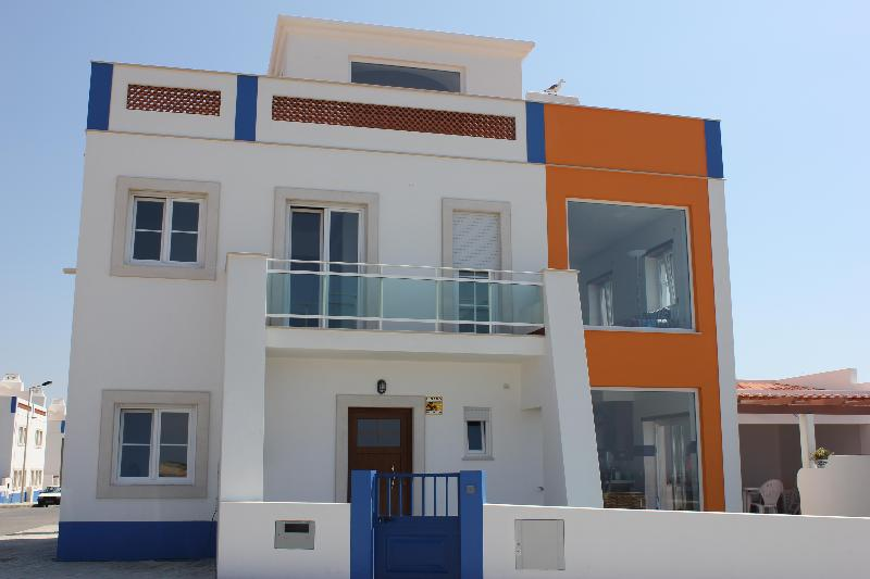 Great House With Great Views - Image 1 - Baleal - rentals