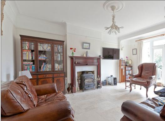 Living room with wood burning stove - Large double room with comfy bed - Richmond - rentals