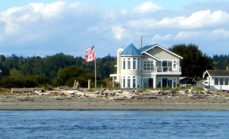 The Beach House @ Point Roberts - The perfect waterfront retreat. - The Beach House @ Point Roberts - Point Roberts - rentals