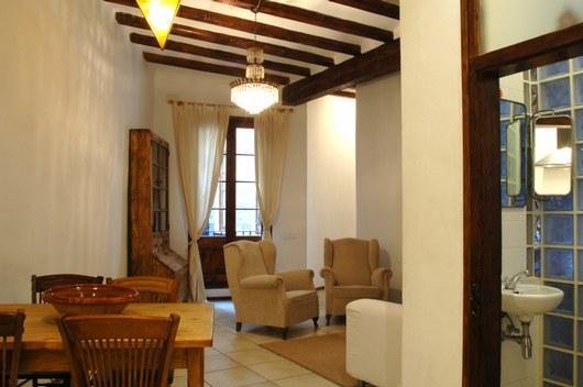 Spacious property, downtown, free WiFi - Image 1 - Barcelona - rentals