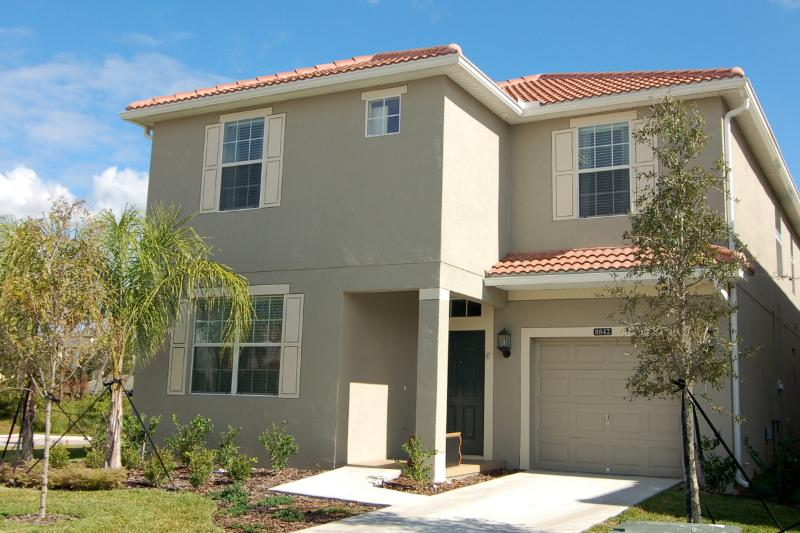 6+ Bedrooms. Best Resort Amenities in Disney Area. - Image 1 - Kissimmee - rentals