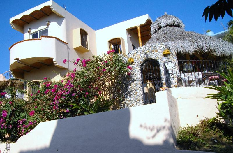 Outside of Casa Liniguana - Casita Liniguana. - Sayulita - rentals