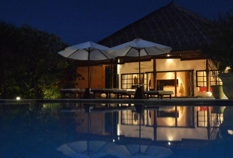 The Villa and pool by night - Enjoy your own private BEACH resort - Dencarik - rentals