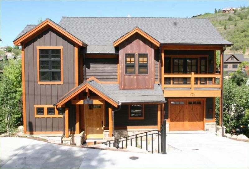 4 Bed 3.5 Bath Sleeps 10, Walk to Main Street - Image 1 - Park City - rentals
