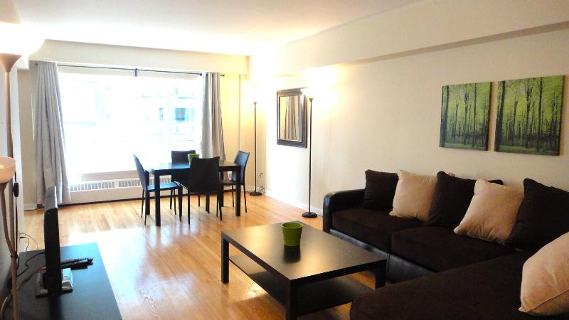 ***2 Bedroom Rental In Prime Location Downtown *** - Image 1 - Montreal - rentals